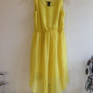 Other - Cute Yellow Dress